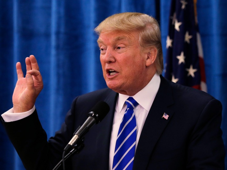 donald-trump-wants-to-wage-economic-war-on-mexico-to-get-them-to-pay-for-a-border-wall.jpg