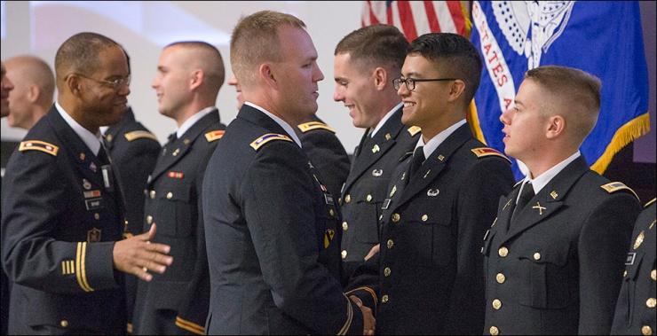 army1_1.jpg