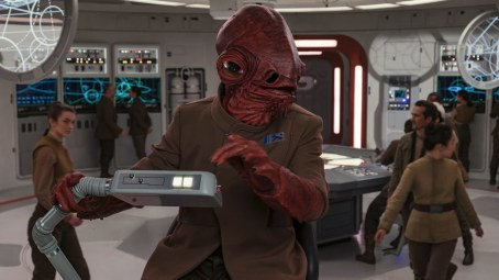 Ackbar_on_the_Raddus